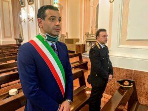 """MAXI ASSEMBRAMENTO AD AVELLINO, E L'ITALIA NE PARLA. IL SINDACO FESTA DICHIARA: """"MI SONO TRATTENUTO CON LORO CON FARE SCHERZOSO E GOLIARDICO."""