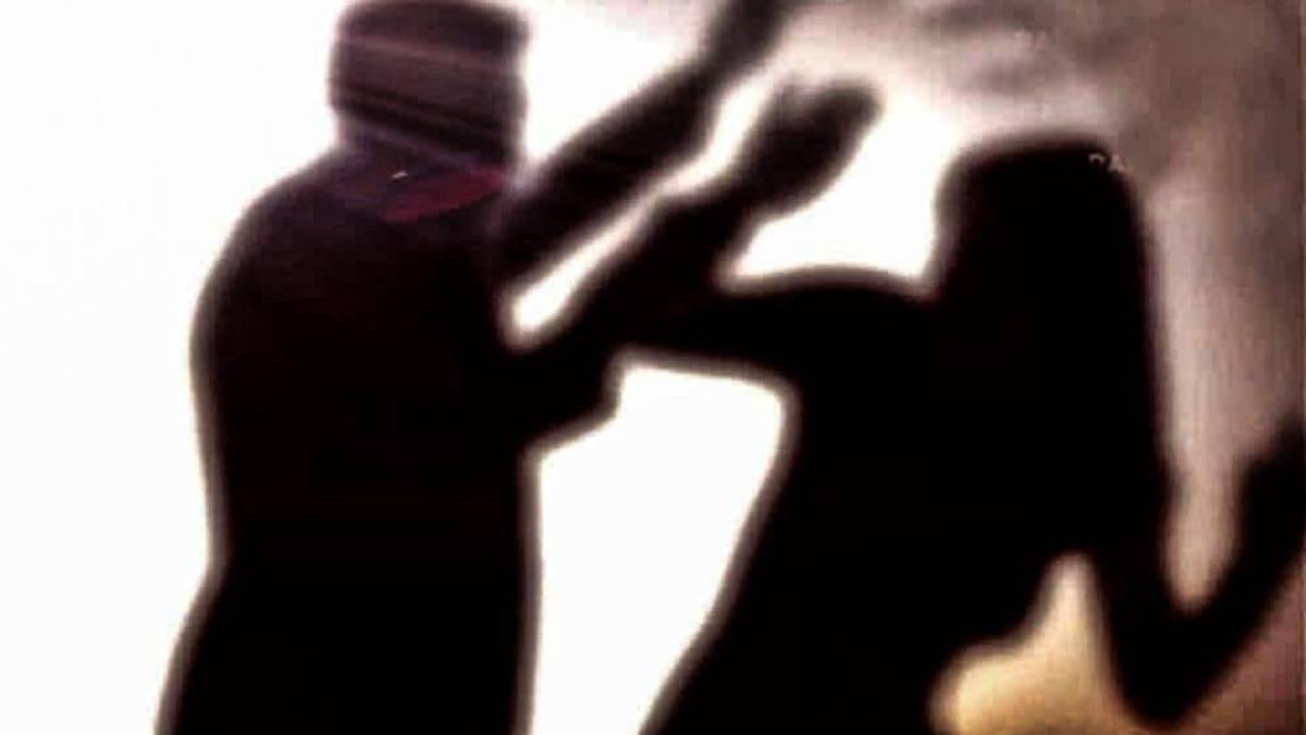Santa Maria Capua Vetere, arrestato per violenze sulla compagna