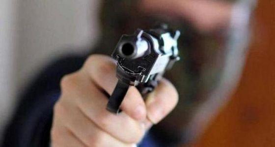 Mergellina, in giro con pistole giocattolo e coltelli. Denunciati due 15enni