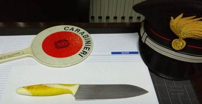 Roma, rapina al ristorante: non ha il coltello, va a procurarselo nelle cucine