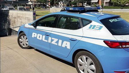 Roma, vigilia di ferragosto costretta fuori casa: mamma presa a calci e pugni dal figlio convivente