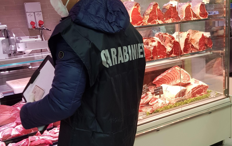 Società irpina di commercio carni evade imposte per un milione di euro