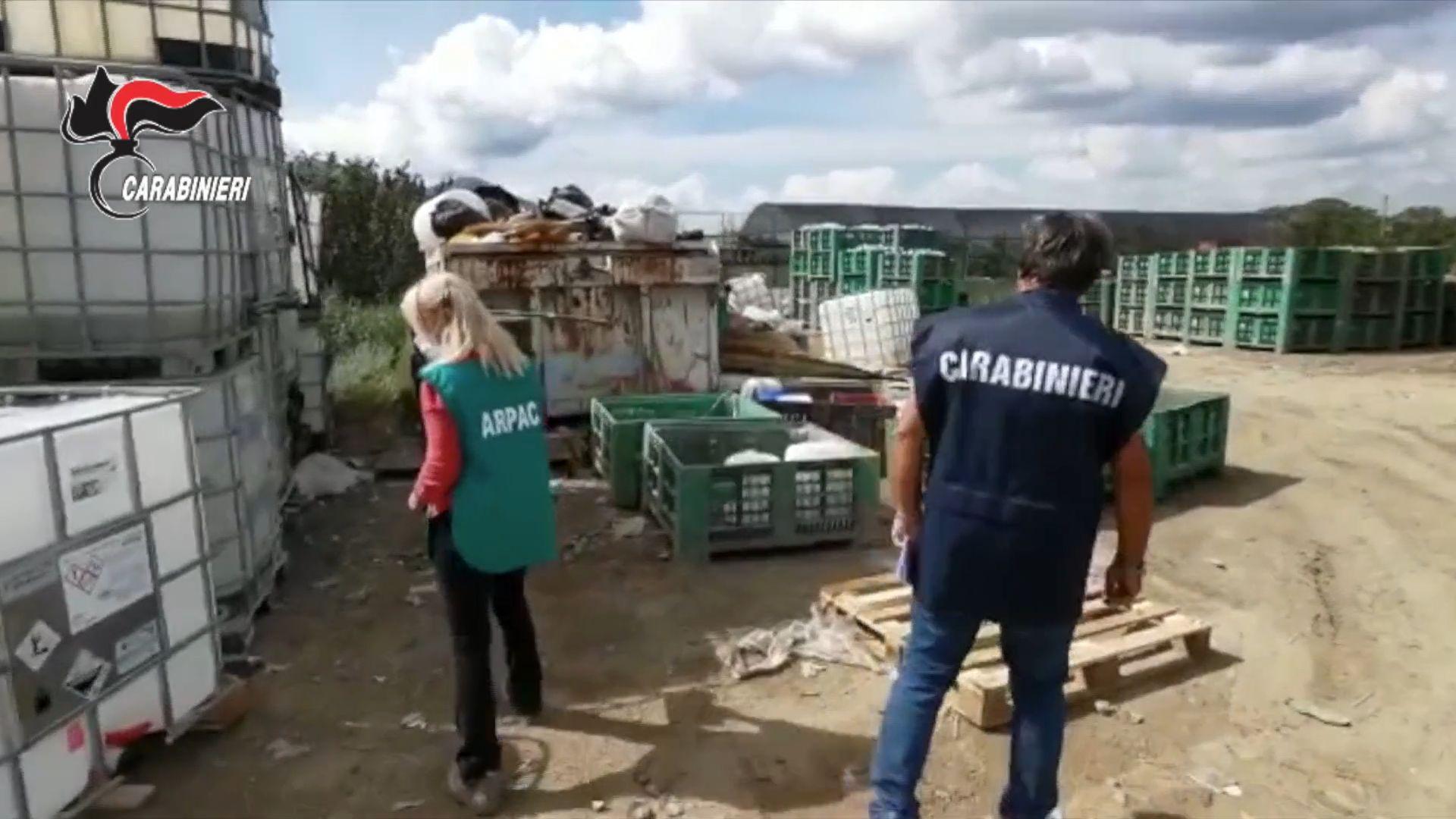 Fiume Sarno avvelenato da rifiuti pericolosi: carabinieri del Noe individuano 40 scarichi abusivi