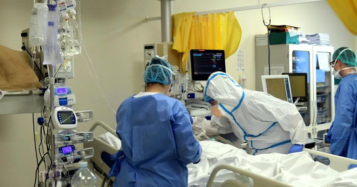 Asl Napoli 1, ancora medici contagiati dal Covid-19 in ospedale: la protesta vibrata del SMI