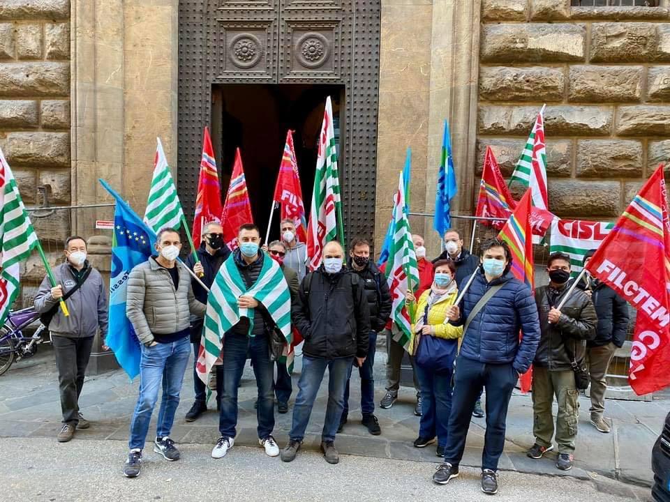 ISTAT: A OTTOBRE -473.000 OCCUPATI SU ANNO