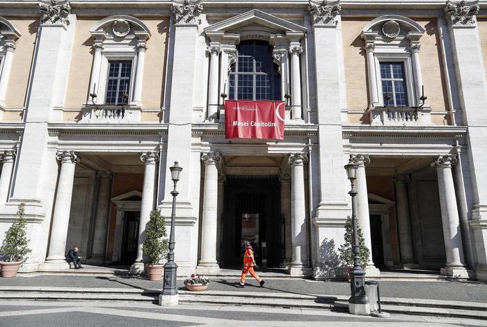 COVID: MUSEI CHIUSI A ROMA, TOUR DIVENTANO VIRTUALI