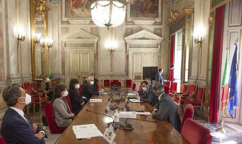 RINNOVATO ACCORDO MIPAAF-EBAY. ITALIA UNICO PAESE AL MONDO A TUTELARE IL PATRIMONIO AGROALIMENTARE SUL WEB
